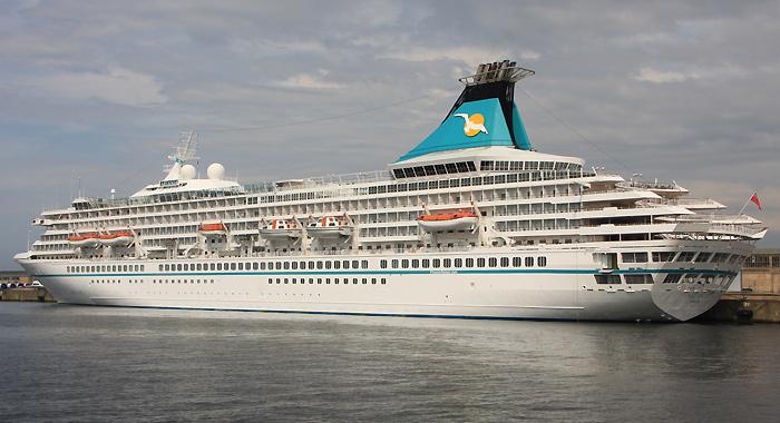 MS Artania / Rostock / Überseehafen / 10. August 2013 / Bild: 1